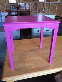 Pink children's table  Calgary, T2Y 3L3