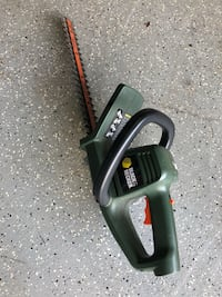 Black & Decker hedge trimmer. Centreville, 20120
