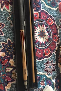 Eliminator pool cue stick with hard case