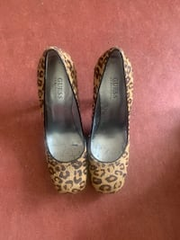 Leopard heels  as is / must go asap Victoria, V8T 2C8