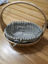 round white and black striped ottoman London, N6J 2A1