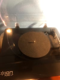 Record player Ion