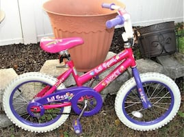 "Christmas !!! NEXT 16"" Lil' Gem Girl's Pink Bicycle .. good condition."