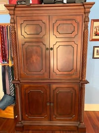 Armoire/Entertainment Center/Closet/Dresser Charleston, 29412