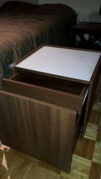 2 x tables chevet  Laval, H7H 1G7