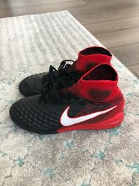 Nike Magista soccer shoes. Size 9US Toronto, M9B 1B4