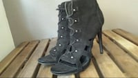 Size 8.5 women's suede lace up heels