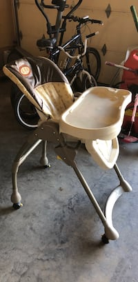 baby's brown and white high chair Calgary, T3M 0G6