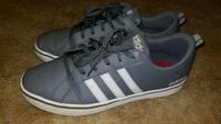 Adidas shoes/10.5 Hagerstown, 21740