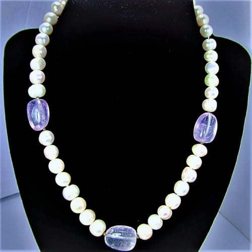 FRESH WATER PEARLS & NATURAL AMETHYST STONES NECKLACE