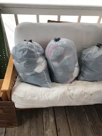2 bags of clothes and 1 of shoes Canutillo, 79835