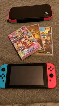 NINTENDO SWITCH BUNDLE - COLLECTION ONLY. West Yorkshire, BD21 5AZ