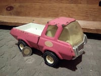 pink and white toy truck Sainte-Julienne, J0K 2T0