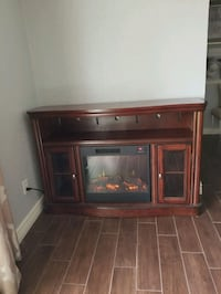 Fireplace/tv stand El Paso, 79925