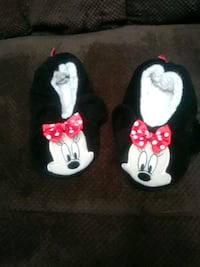 Size m little ones slippers