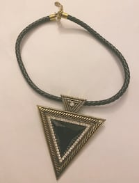Necklace in very good condition!