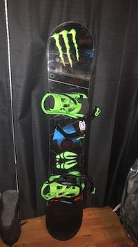 Snowboard and bindings Canton, 44706