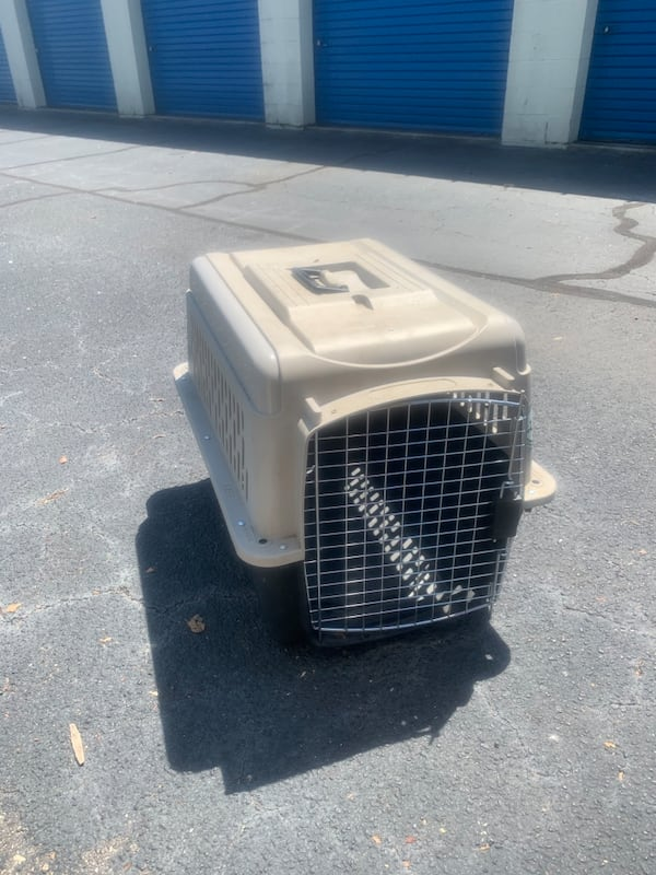 Large Dog Crate and Dog/Animal fence 07095d62-971c-403d-adf4-1f668926593d