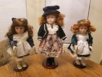 Geppeddo Porcelain Dolls with Stands Flower Mound, 75028