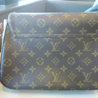 LOUIS VUITTON PURSE Cincinnati