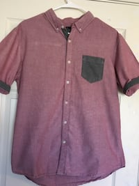 Large  maroon button-down t-shirt Sparks, 89436
