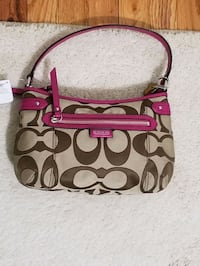 Coach purse North Arlington, 07031