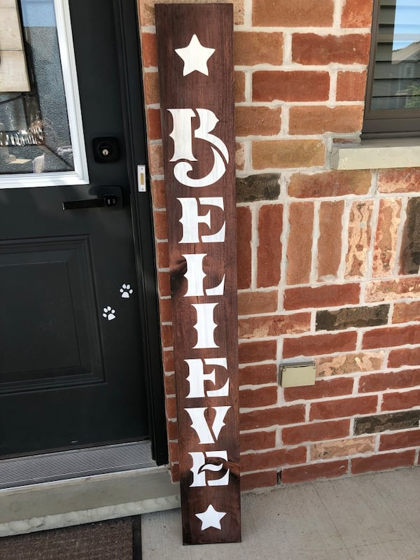 Vertical Believe Welcome Home Wooden Sign 65ca19e8-5a26-4c94-b64d-2285c5050916