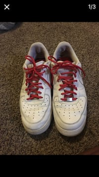 white and red nike sneakers Indianapolis, 46225