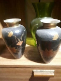 two white-and-black brass  vases Burnaby, V3N 1A8