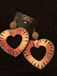 nOir hearts hearings with cubic zircon Old Town Manassas