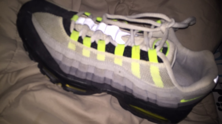MENS SIZE 12 NIKE AIRMAX LIME GREEN