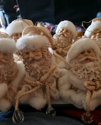 6 Sants Christmas ornaments  Ankeny, 50023