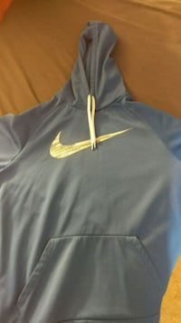 black and yellow Nike pullover hoodie Catasauqua, 18032