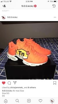 pair of orange Nike basketball shoes with box Mississauga, L5A 1B2