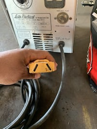 Golf cart charger and use batteries