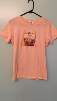 Peach crew-neck t-shirt Knoxville, 37921