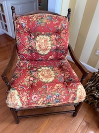 French country chair...One year old in excellent condition Kensington, 20895