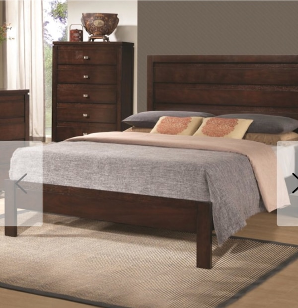 561b5e194388 Used King size wood bed frame for sale in Caldwell - letgo
