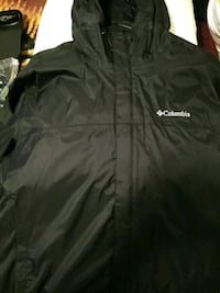 Columbia rain jacket selling for $40 flat  Bakersfield, 93305