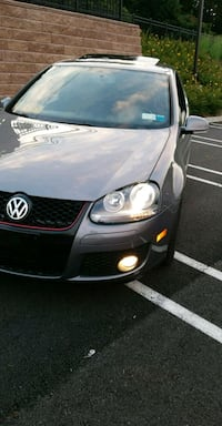 Volkswagen - Golf - 2008 New Rochelle, 10801