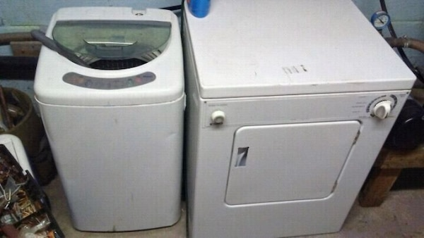 Apartment style washer and dryer.