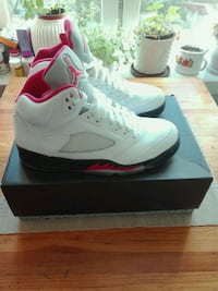 Nike Air Jordan 5  / white/ black fire red   size 42.5.  uk 8   Grünerløkka, 0175