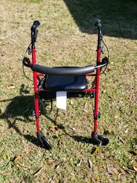 Walker with seat and hand brakes Gretna, 70053
