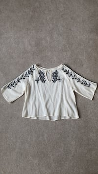 Small Hollister white embroidered shirt Lancaster, 14086