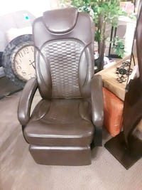 New Swivel Leather Recliner , Furniture Brookston, 47923