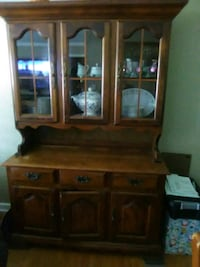 brown wooden cabinet with mirror Jacksonville, 32277