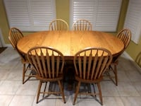 Solid Oak Table 3 sizes in 1 table Oshawa, L1H 8C6