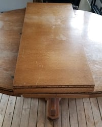 WOODEN TABLE Bradford West Gwillimbury, L3Z 2A5