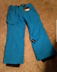 Mens large snowboard pants Plymouth