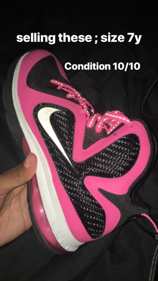 sports shoes 8bb9f 6e9d1 Used Pink and Black Lebron 9s size 7 for sale in Wayne